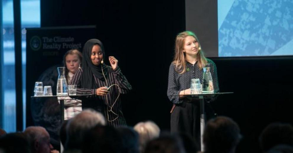 "The Climate Reality Project and Global Utmaning. Greta Thunberg at far left. ""How do we ensure that today's decision-makers benefit and learn from young people's commitment to the future? On September 26, the question attracted over 250 visitors to Kultur"