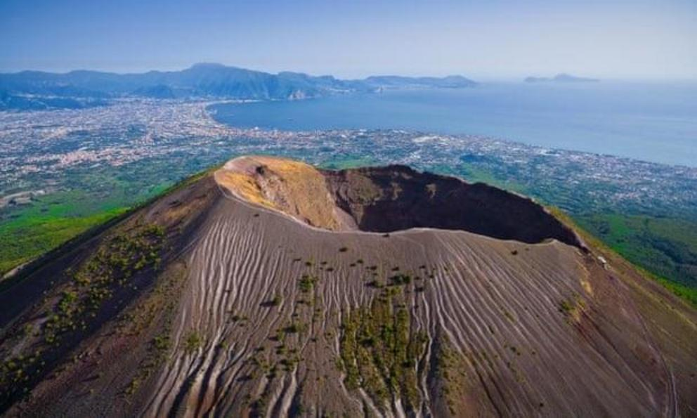 Vesuvius is the only active volcano in mainland Europe.